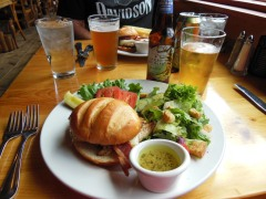 Lunch at the Twin Lakes Inn