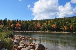 Colors at Jordan Pond
