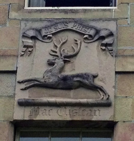 Je Suis Prest crest on Newton Hotel in Nairn